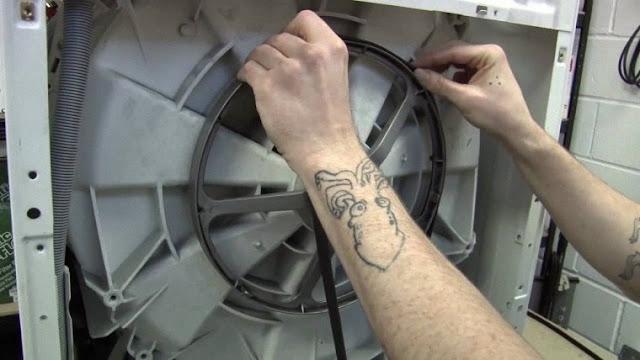 Hướng dẫn Cách thay dây curoa cho máy giặt
