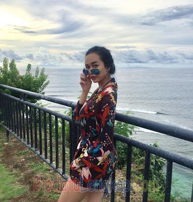 Aura Kasih, artis cantik, artis cantik indonesia, cewek tercantik