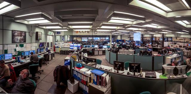 Control Room :: Panorámica 8 x Samsung Galaxy S6