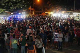 http://vnoticia.com.br/noticia/3733-festa-do-pescador-acontece-neste-final-de-semana-em-guaxindiba