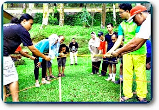 PAKET OUTBOUND FAMILY GATHERING DI PUNCAK BOGOR, Family gathering Bogor, Family gathering di Bogor, Family gathering di bogor, Paket, Outbound Puncak Bogor, Outbound Bogor, Outbound Training Bogor, Employee Gathering, Family Gathering, Company Gathering, Capacity Building, Team Building
