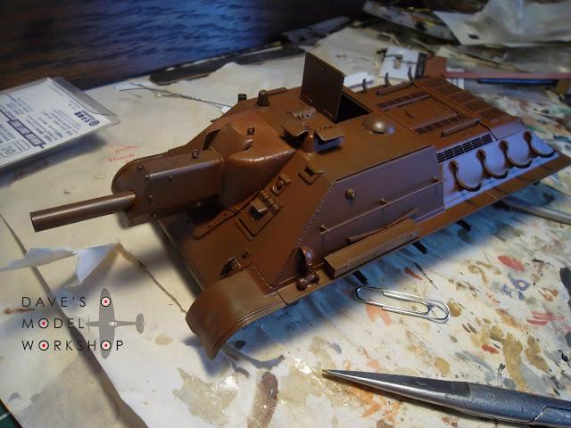 SU-122 Tamiya 1/35 model kit