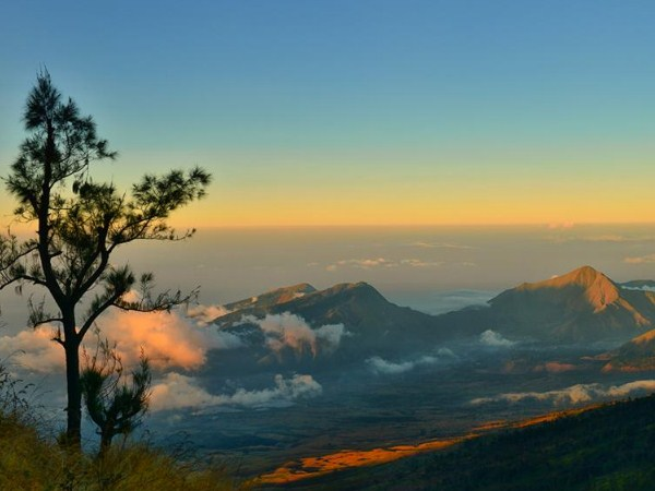 Trip To Mount Rinjani, The Exotic Mountain In Beautiful Lombok Island