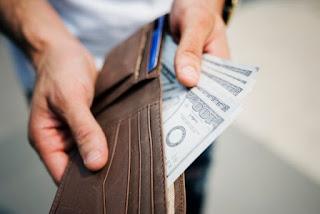 Uang, mengatur uang, menyisihkan uang