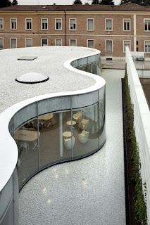 Arata Isozaki y Maffei. Biblioteca Manarello, Italia
