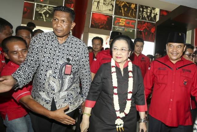FMM Tolak Pemberian Gelar Doktor Kehormatan untuk Megawati