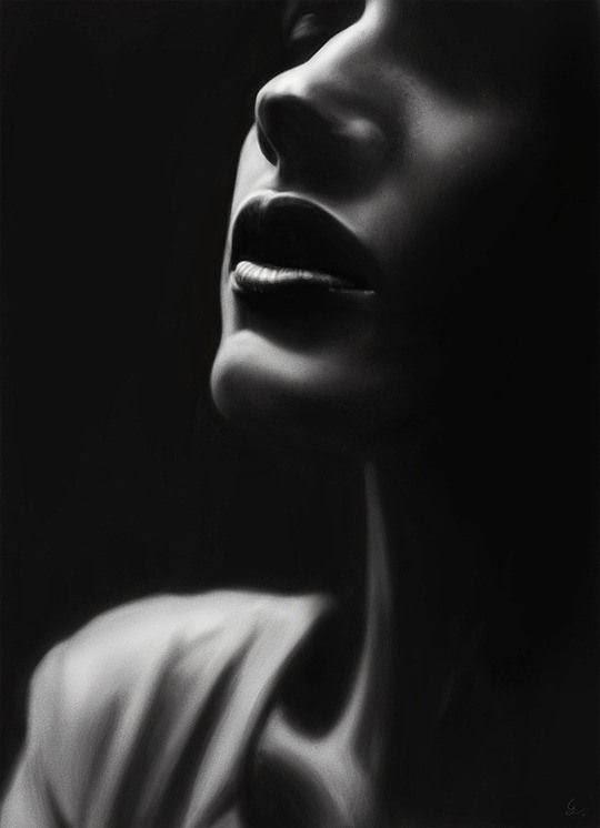 Arte hiperrealista y retoque digital  mujer perfil