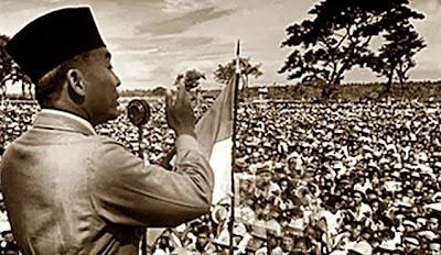 Teks Pidato Bahasa Indonesia