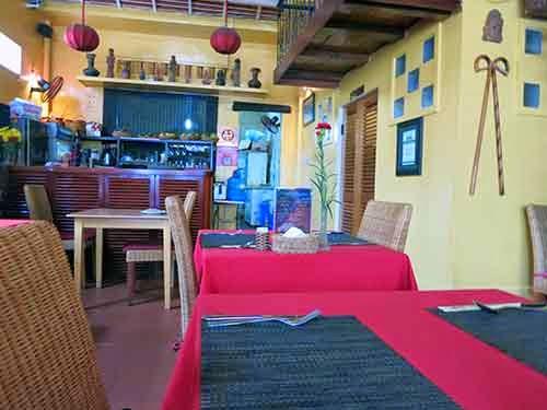 Yen's Restaurant01