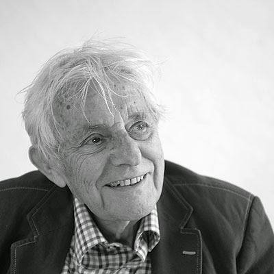 Abse poet welsh playwright essayist