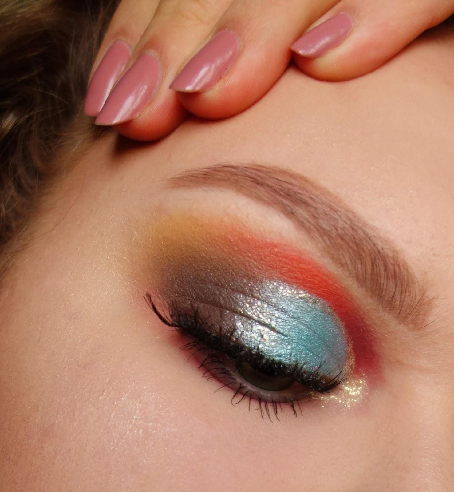 Makijaż paletą MIYOxBEAUTYVTRICKS   Insta Glam Palette