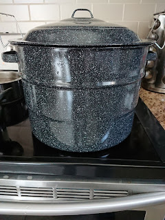 boiling water in hot water canner pot
