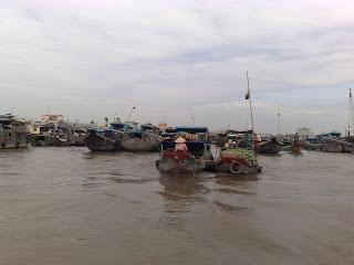 Chợ nổi Cái Răng - Cai Rang Floating Market