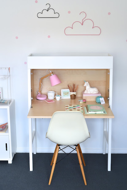 Little Paper Plate Annabel' Bedroom And Big Girl Desk