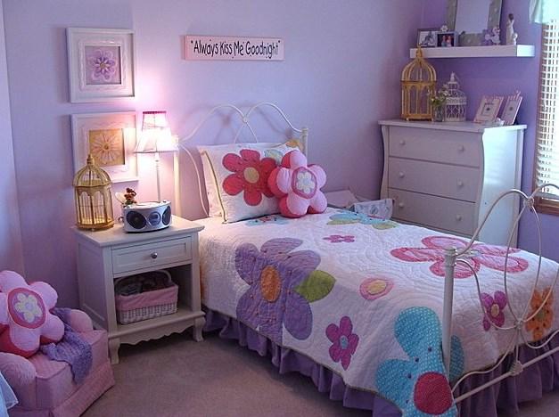 Phòng ngủ màu tím 06