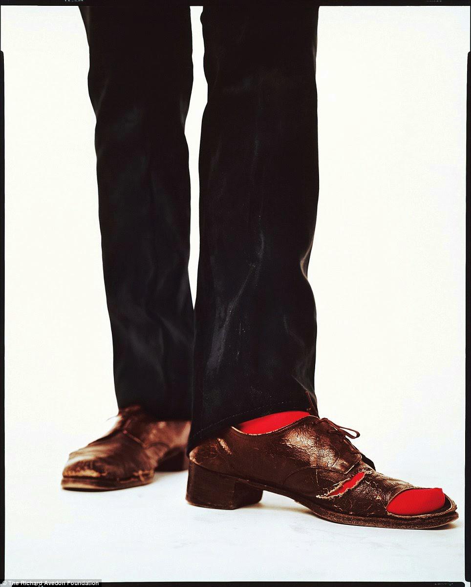 O sapato de Andy Warhol   IMAGES VISIONS-11 ANOS 81448b676c