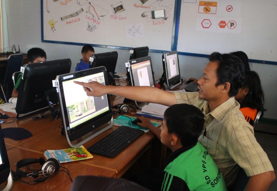 Metode Belajar Berbasis Teknologi Komputer | Ide Kreatif Guru