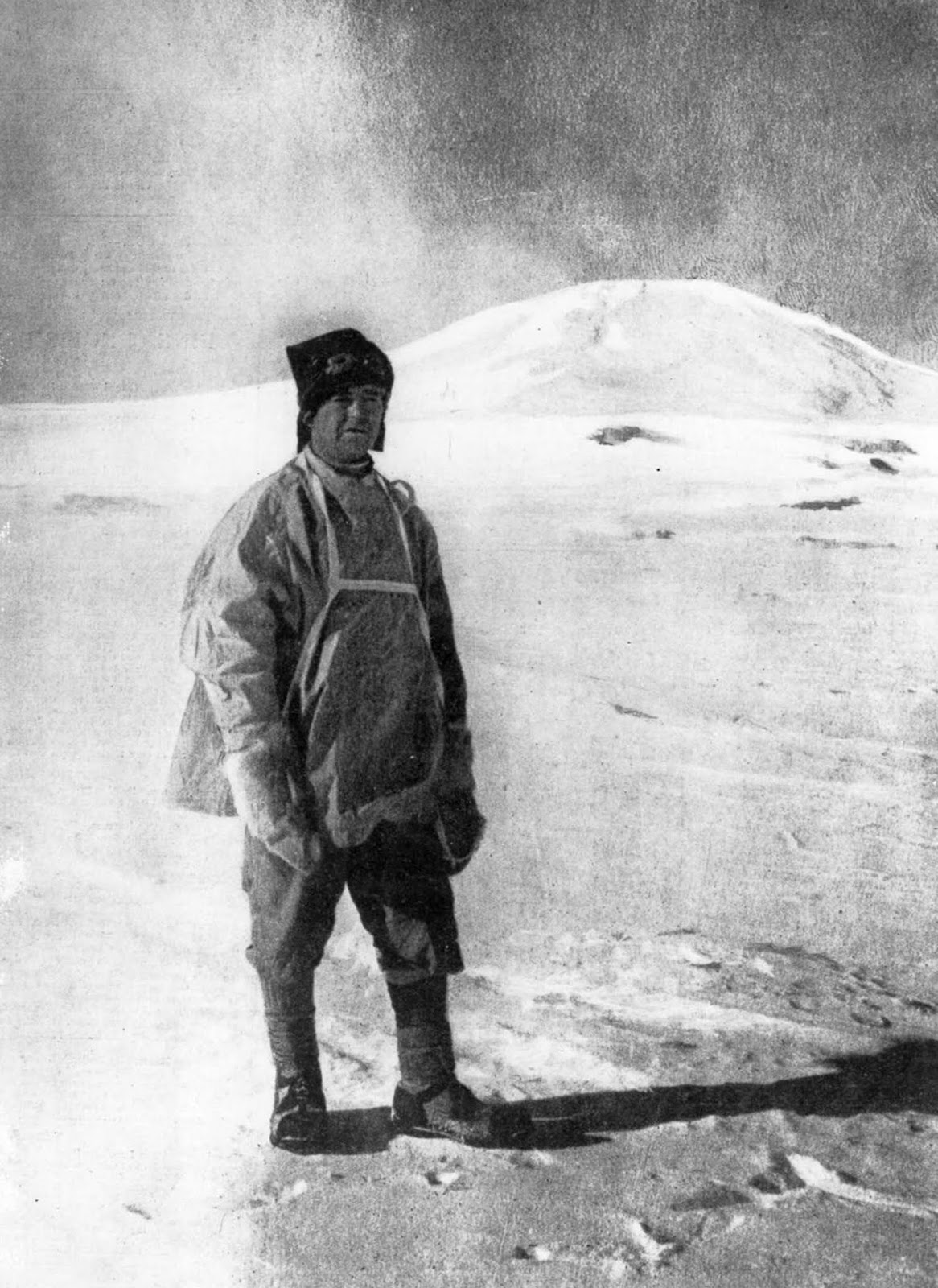 Capt. Scott outfitted for his push to the South Pole. November 1911.