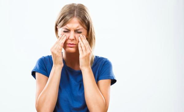 Apakah Anda pernah mengalami flu dalam jangka waktu yang usang 10 Cara Mengobati Sinusitis Secara Alami