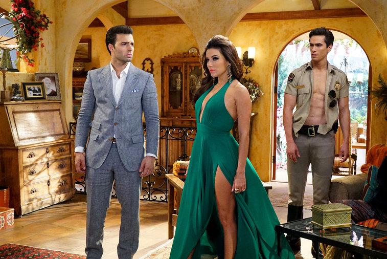 telenovela pilot evil twin advance preview