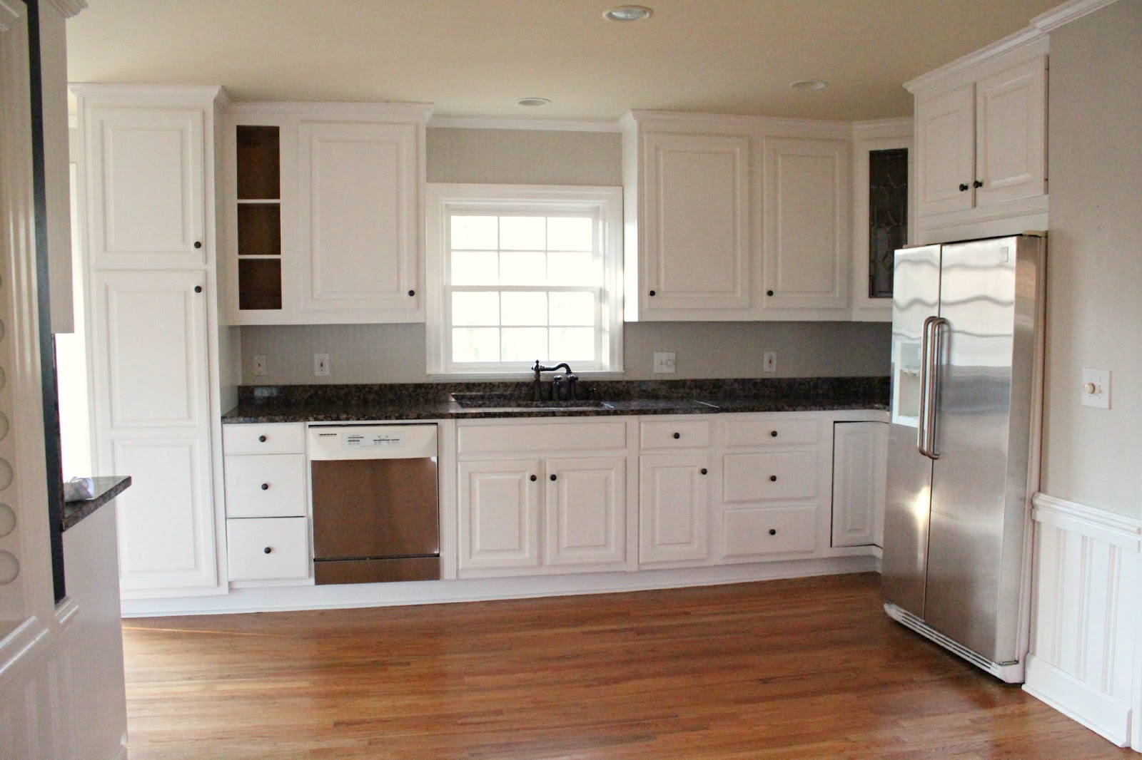 Fancy Empty Kitchen That Will Wake Up Your Creativity