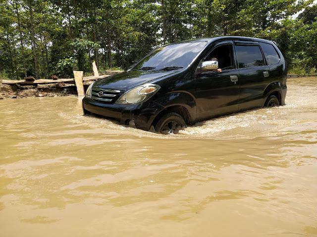 Sungai Lematang Meluap Jalan Penghubung PALI Prabumulih Lumpuh
