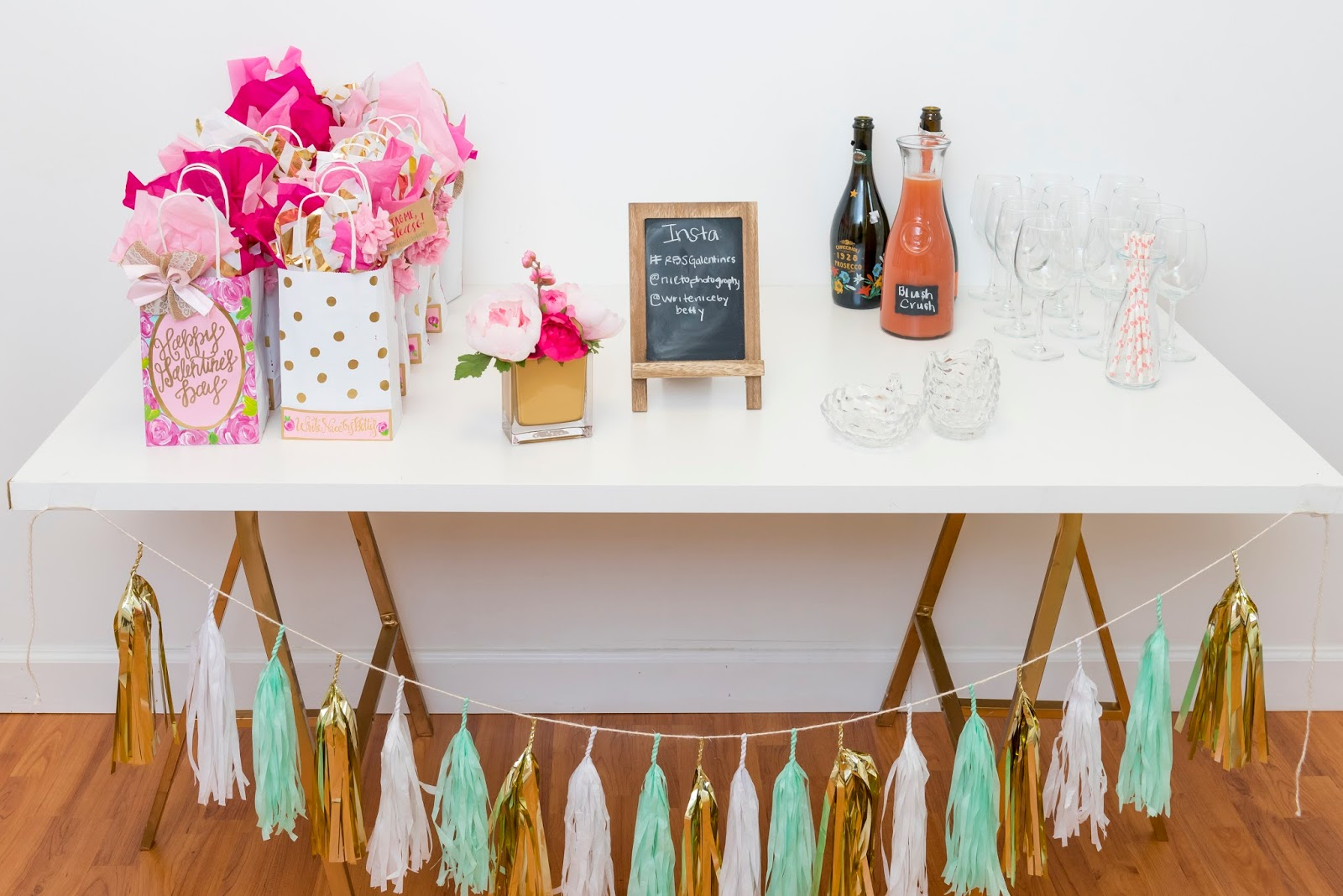 blogger-brunch-swag-and-drinks-mimosa-bar