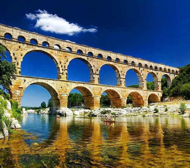 pont du gard provenza