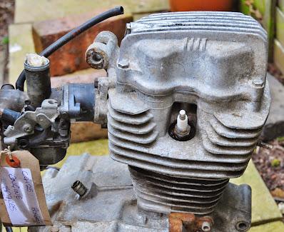 Honda CG 125  Engine Strip Down