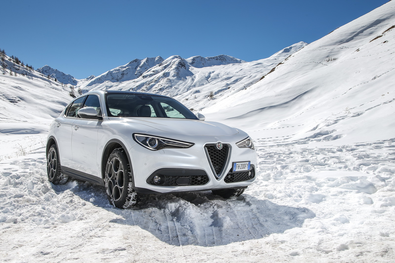 Alfa Romeo Announces Base 2018 Stelvio With 280HP For The USA
