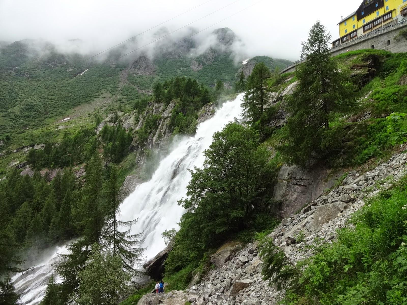 Водопад в Италии Каската дель Точе Cascate del toce