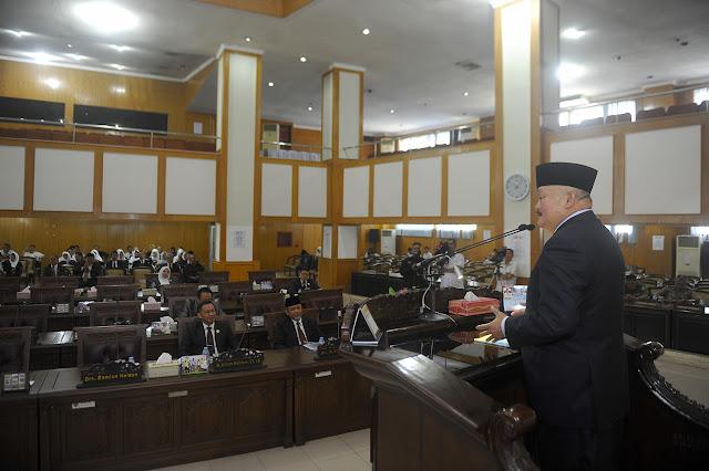 DPRD Provinsi Sumsel Gelar Paripurna Mendengarkan Penjelasan Gubernur Tentang Raperda APBD 2018