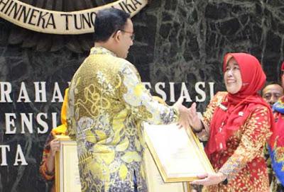Pemberian Apresiasi Sekolah Adiwiyata Mandiri dari Gubernur DKI Jakarta