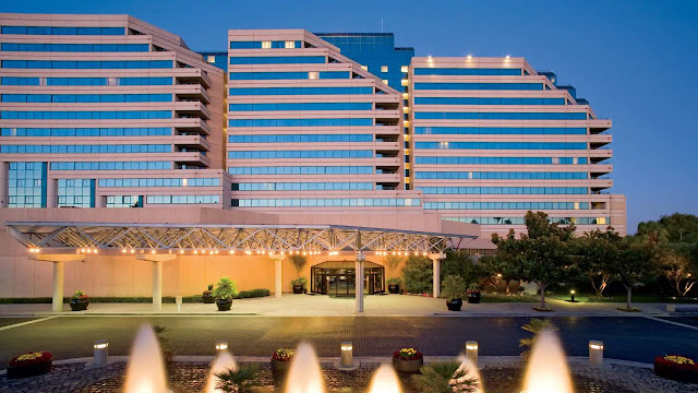 Hyatt Regency Santa Clara places you moments from Silicon Valley's best, connected to the Santa Clara Convention Center and steps to Levi's Stadium.
