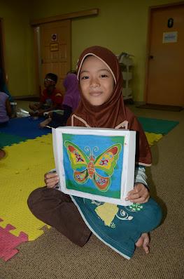 Menggambar Batik
