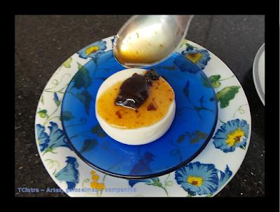 doce de ameixa preta em calda; manjar de coco; sobremesa de coco; manjar branco com ameixa preta