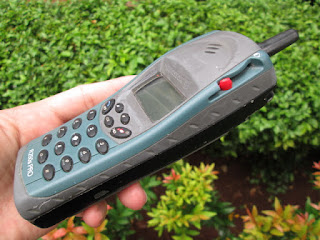 hape outdoor Ericsson R250 jadul