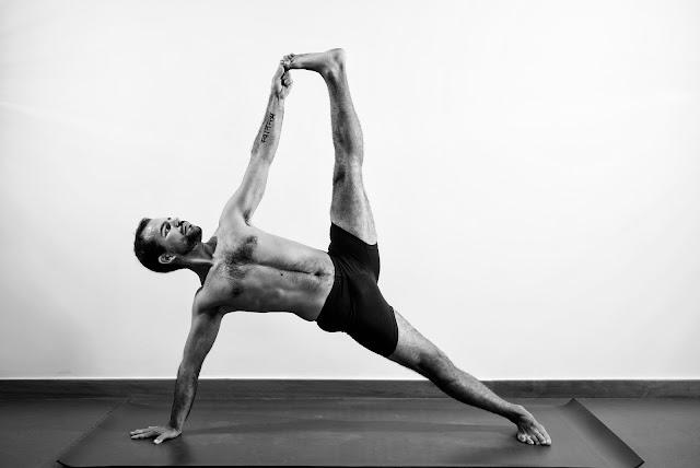 Razões para Homem praticar Yoga