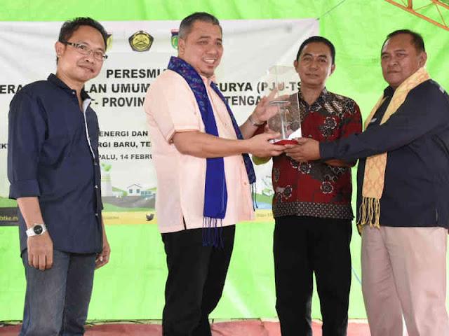 Kementerian ESDM Hadirkan Penerangan Jalan Tenaga Surya di Balaroa