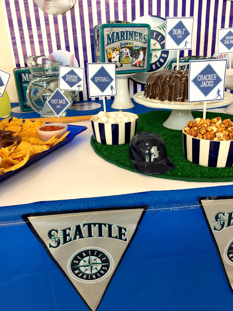 Baseball pun foods and party ideas@michellepaigeblogs.com