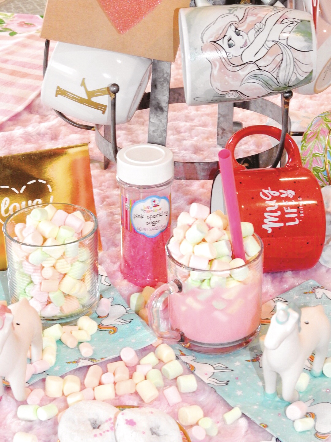 Unicorn Hot Chocolate ft. Painted Fox | The Yellow Spectacles