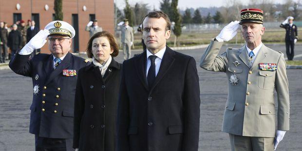 Les armes françaises ne tuent pas les civiles au Yémen, elles consolent ses enfants… !!