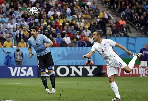 Suarez là tiền đạo tận dụng cơ hội rất tốt.