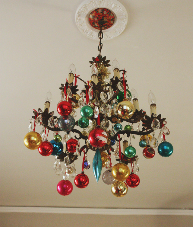 Christmas Ornament Decorations Holidays Ornaments Decor Chandelier Hanging Colorful Dining Room Lighting Red Green Blue Pink