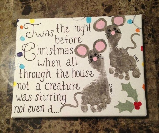 'Twas the Night Before Christmas' footprint mouse canvas.  A keepsake idea for babies, toddlers and preschoolers.