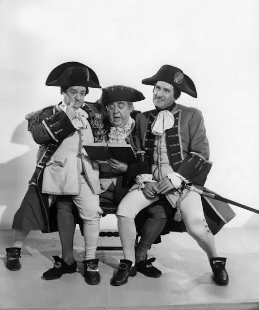 Abbott and Costello Meet Captain Kidd movieloversreviews.filminspector.com Charles Laughton Bud Abbott Lou Costello