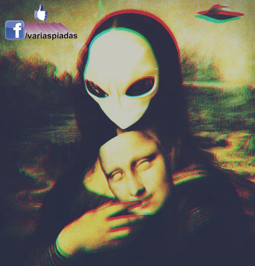 E.T. Monalisa. Em 3D. Foto para Facebook.