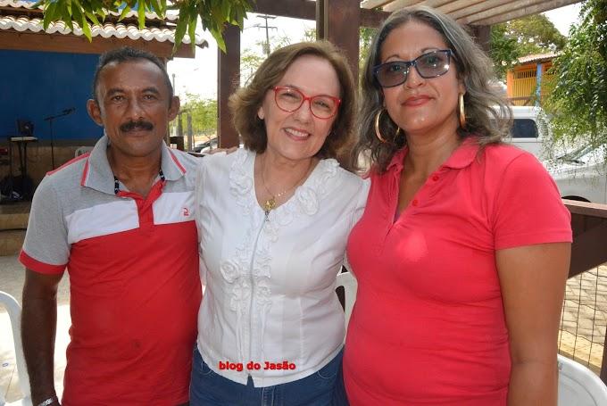 Pré candidata a vereadora Maria IARA, de Bento Fernandes ao lado da deputada Zenaide Maia, durante evento em Extremoz.