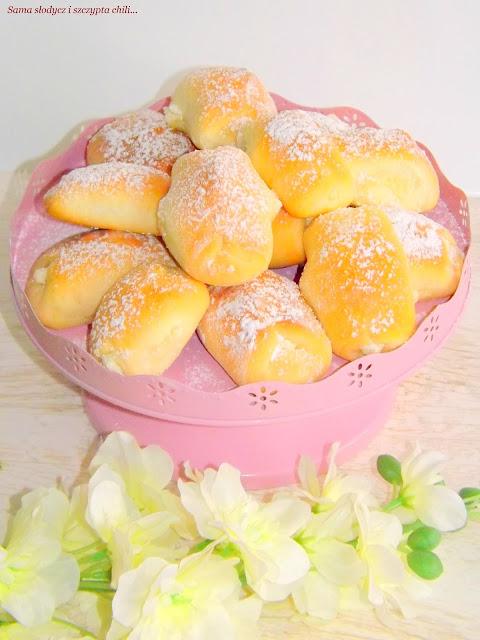 Bułeczki z serem i kokosem.