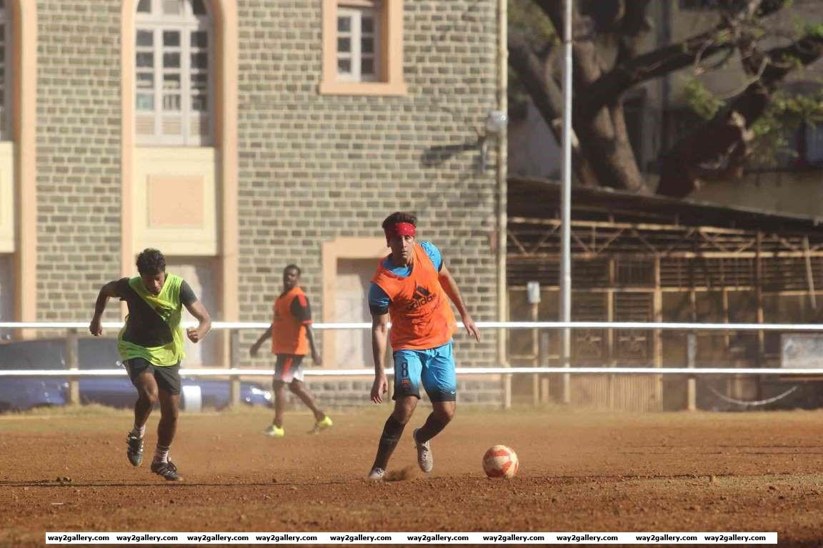 Our shutterbug caught Ranbir Kapoor playing football